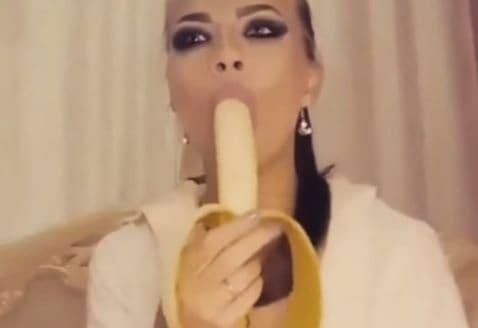 kuuma lesbot suku puoli video