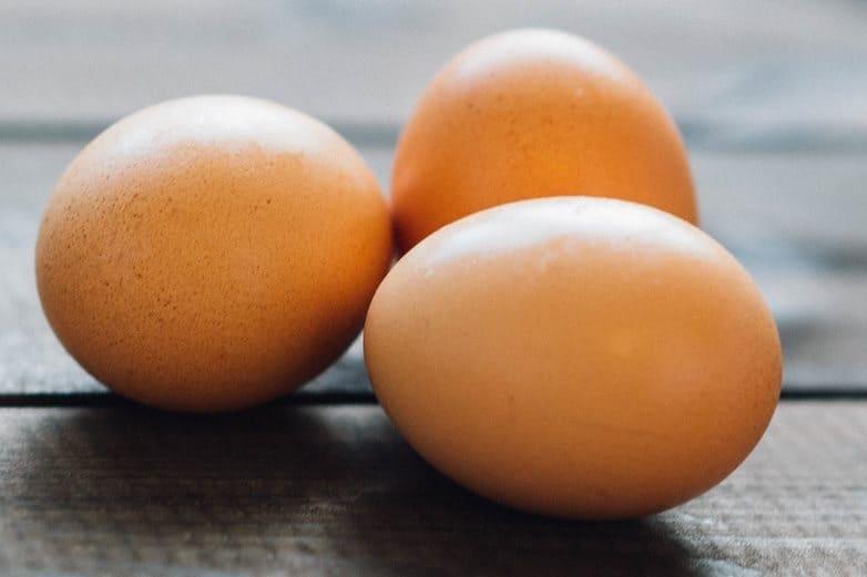 Massiivinen munaa